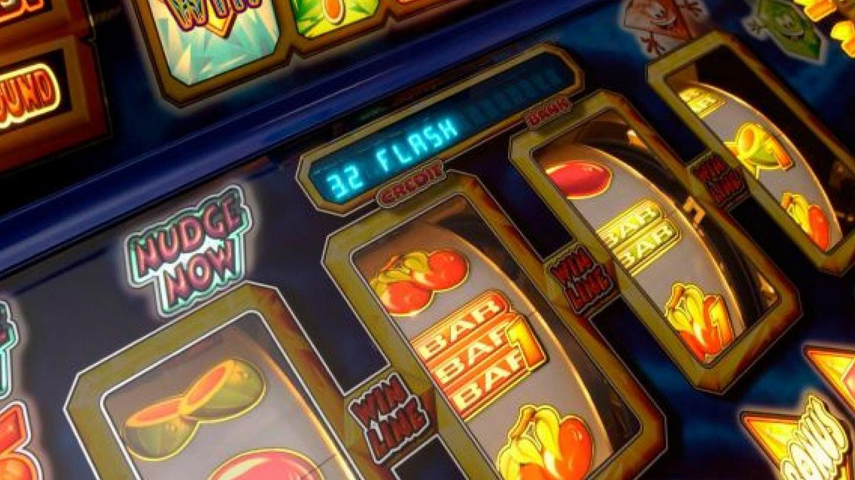 Клуб игровых автоматов игра веселые пираты игровые автоматы
